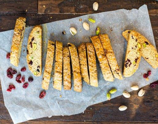 Biscottis aux canneberges et aux pistaches